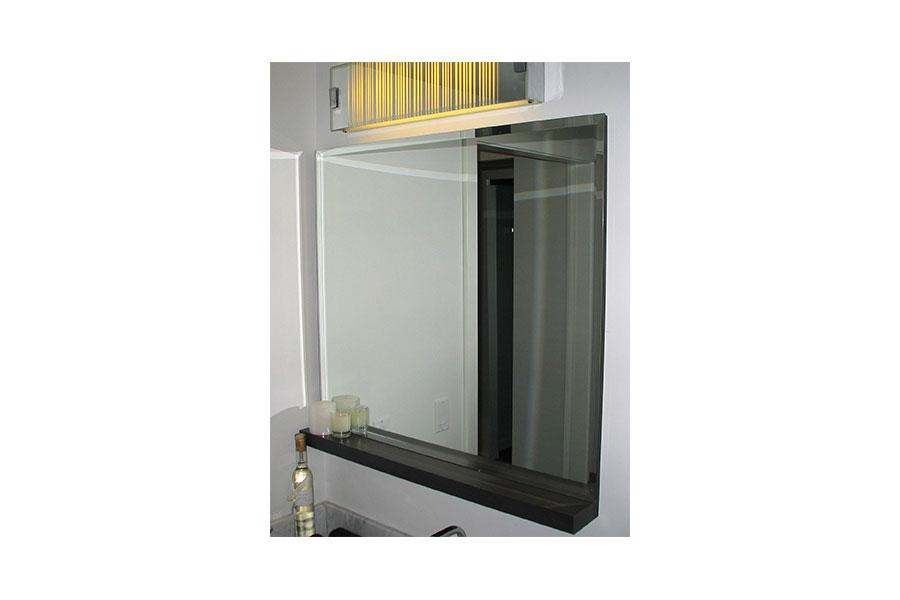 Bevelled Mirror 001