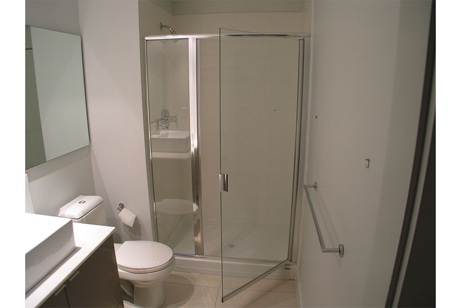 Inline Framed Shower Door 001