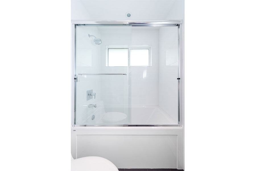 Framed Shower Slider 001