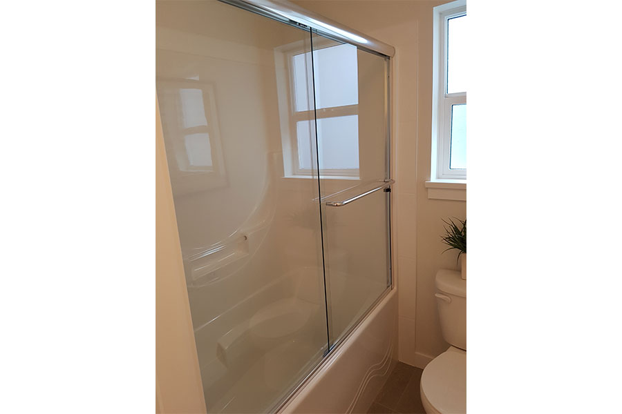 Framed Shower Slider 003