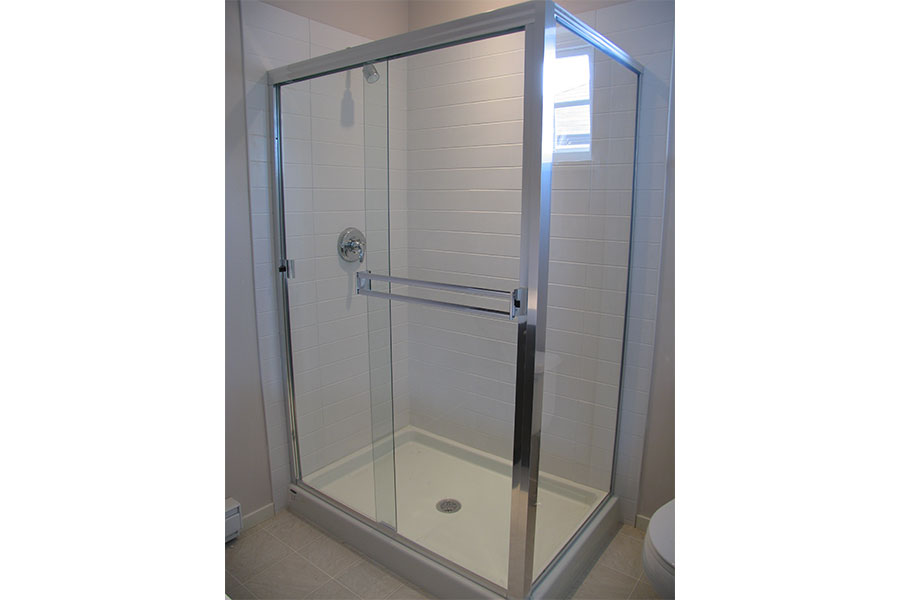 Framed Shower Slider 004