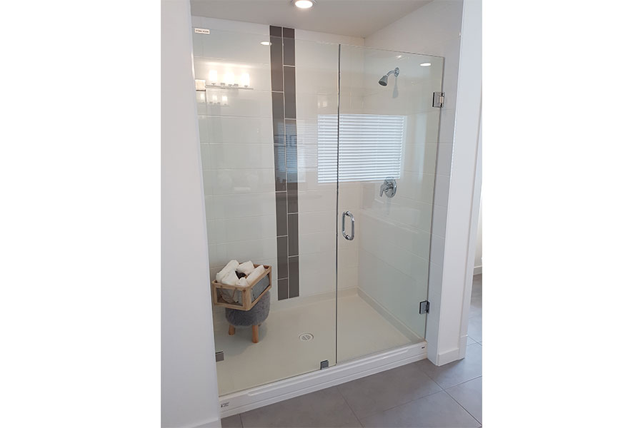 Inline Frameless Shower Door 006
